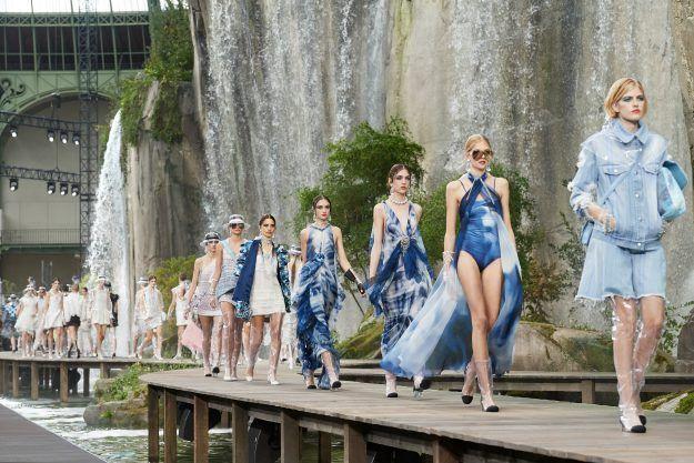 PFW 2018: Chasing waterfalls at Chanel's Spring 2018 ...