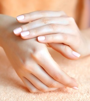 How To Have Naturally Healthy White Nails And Get Rid Of Stains